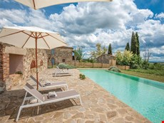 Photo of Farmhouse Rental in Tuscany, Castellina Scalo
