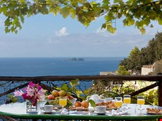 Photo of Beautiful Villa Overlooking the Sea near Positano