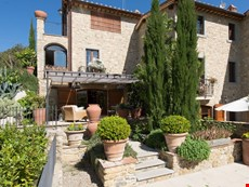 Photo of Country Villa in heart of Chianti centrally located close to regions' history, art, restaurants.